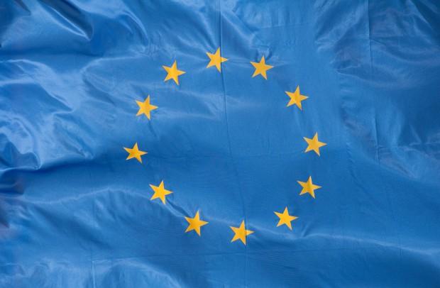 Uwaga: LDEK może nie potwierdzać kwalifikacji w UE (foto: sxc.hu)