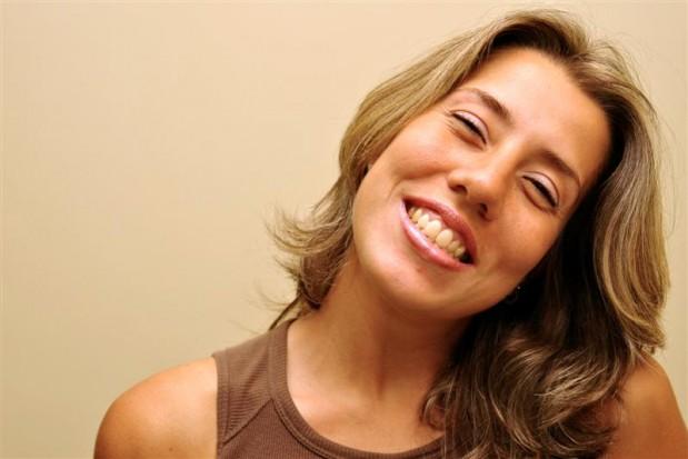 Kobiety rzadziej zapominają o myciu zębów (źródło: sxc.hu)