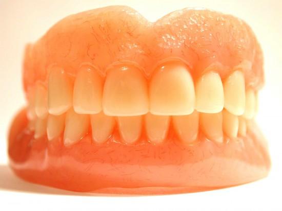 Technik jak dentysta? Co na to resorty zdrowia i sprawiedliwości? (źródło: sxc.hu)