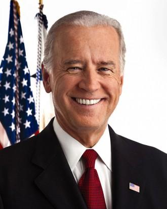 Obamie pomógł uśmiech Joe Bidena? (źródło: wikipedia.org)