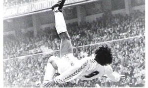 Ibrahimović, Mexes a może Hugo Sanchez?