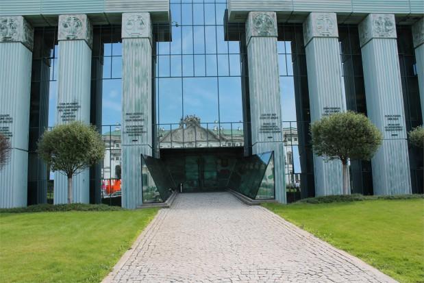 25 lat więzienia dla dentysty z Lublina (źródło: infoDENT24.pl)