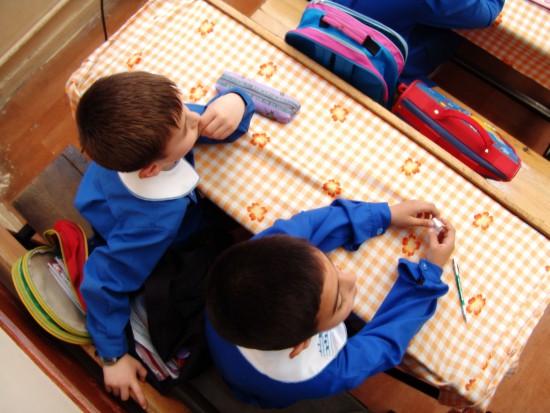 Dentysta w szkole  są jeszcze miejsca gdzie otwierają gabinety (źródło: sxc.hu)