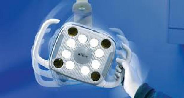 Lampa A-dec LED wyróżniona w konkursie IDEA 2012 (for. A-dec)
