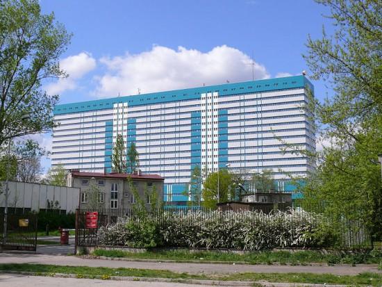 Zakład Stomatologii UMED poszukuje starszego wykładowcy (foto: Wikipedia Centralny Szpital Kliniczny)