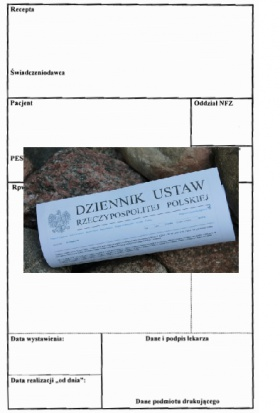 Lekarz dentysta wystawia receptę na leki refundowane (foto: infoDENT24.pl)