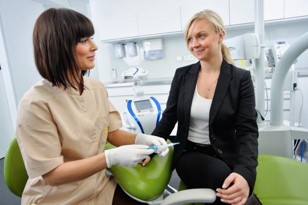 Katowice: Rusza akcja profilaktyczna dla kobiet w ciąży (fot. Dentim clinic)