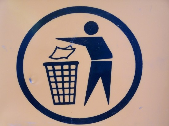 Maseczki i rękawiczki nie są odpadami komunalnymi (foto: sxc.hu)