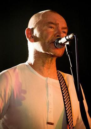 Studium przypadku wokalisty VooVoo (fot. Wikipedia.org)