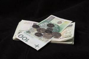 Zarobki w budżetówce, jak się ma do nich branża stomatologiczna?