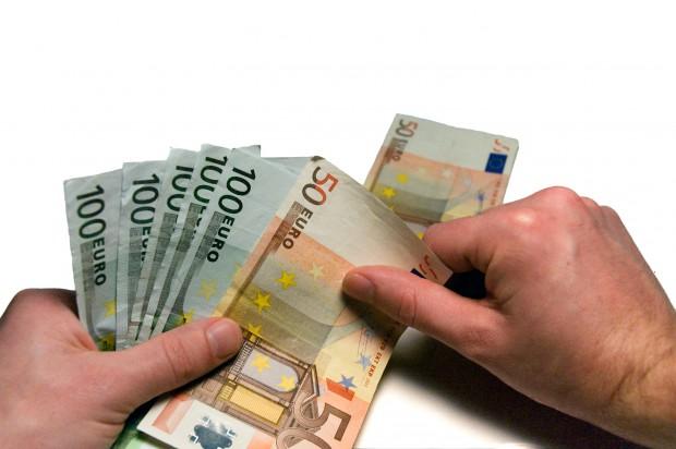 Ile kosztuje stomatologia? Polska  państwo środka (foto: sxc.hu)