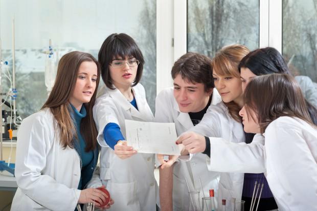 Stomatologia najbardziej obleganym kierunkiem lekarskim w Białymstoku (fot. Fotolia/PTWP)