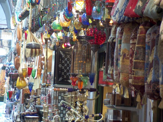 W Sejmie o kupowaniu protez na bazarze (foto: sxc.hu)