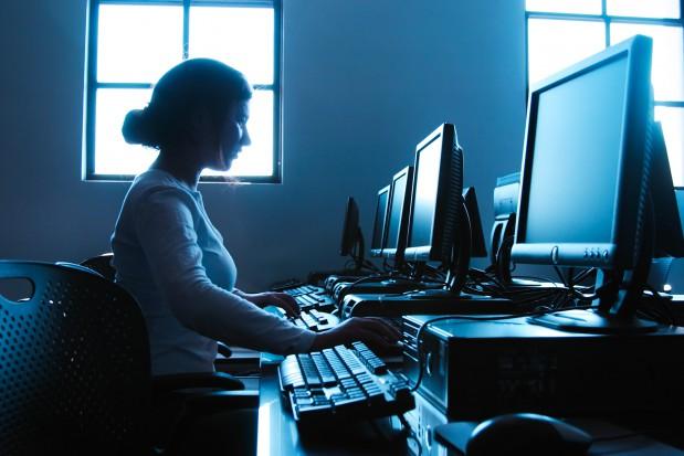 Spore zainteresowanie dofinansowanym e-learningiem (fot. Fotolia)