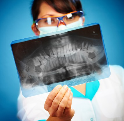 Konsultacja a obowiązek wystawiania zaświadczenia o stanie zdrowia jamy ustnej (fot. Fotolia)