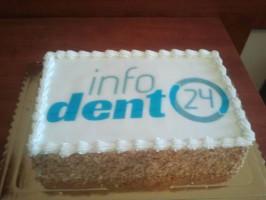 CEDE 2013: urodziny infoDENT24.pl z prezentami