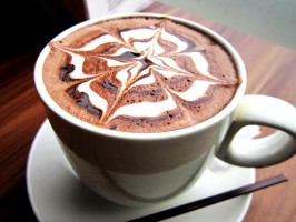 Czy dentysta może w pracy pić kawę?