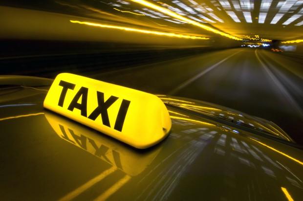 Wolontariuszy Fundacji dowiezie taxi