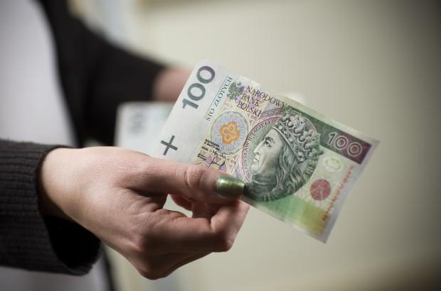 Wrocław: 500 złotych za dyżur nocny, 1000 zł za świąteczny