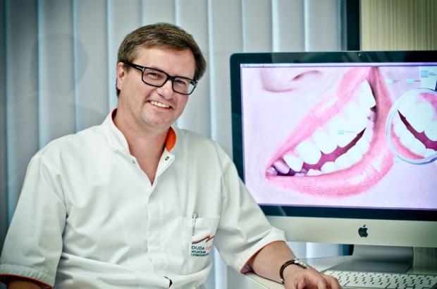 Rośnie rynek implantów, bo Europa i Polska się starzeją (fot. Duda Clinic)