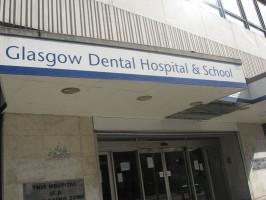 Glasgow: studenci bez dyplomu, bo brakuje pacjentów do treningu