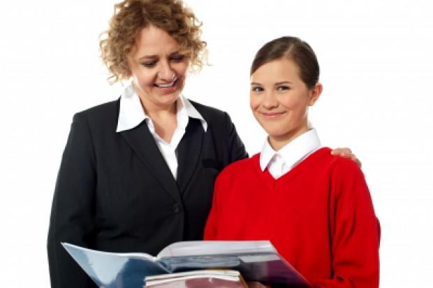 Poszukiwani wykładowcy w Katedrze i Zakładzie Stomatologii Zachowawczej i Dziecięcej UMW