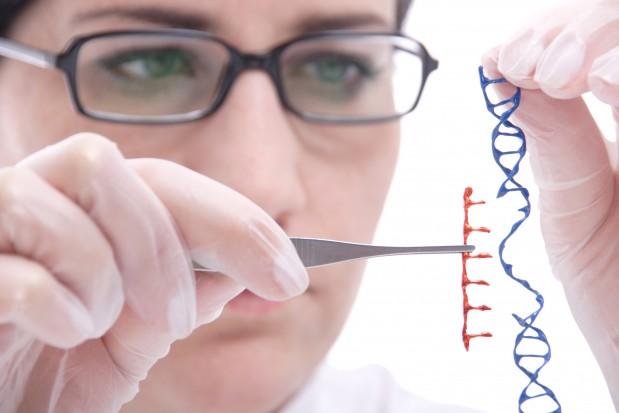 Z testem DNA do dentysty