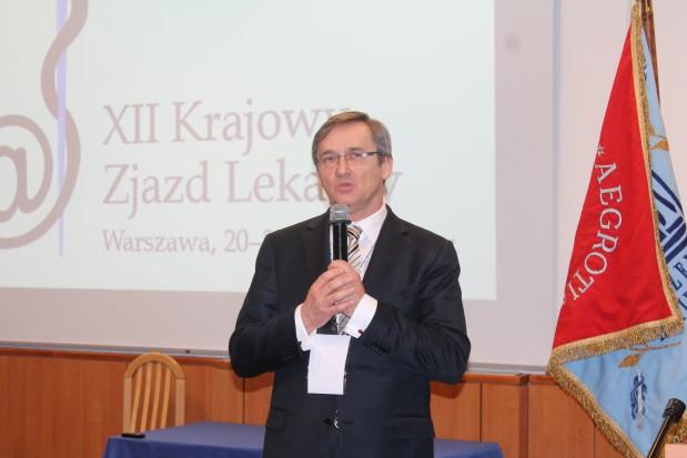 XII Krajowy Zjazd Lekarzy - głosy za ograniczeniem liczby lekarzy dentystów