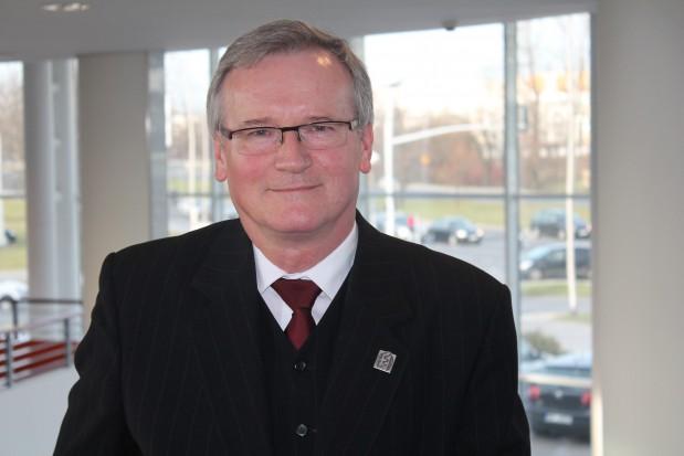 Grzegorz Wrona (NROZ): pacjent inwestuje w leczenie, dentysta - w gabinet, a to stwarza dodatkowe napięcia