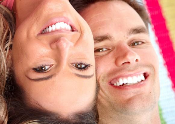 W Wielkiej Brytanii dentyści bez konsekwencji wybielą zęby nieletnim