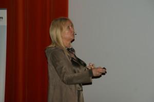 Prof. Marzena Dominiak: szczoteczki elektryczne nie powodują recesji dziąseł