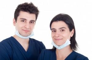 Młodzi medycy walczą o prostsze procedury akredytacyjne przy specjalizacjach stomatologicznych