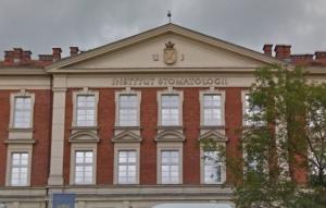 Uniwersytecka Klinika Stomatologii w Krakowie bez kontraktu na protetykę i stomatologię dziecięcą