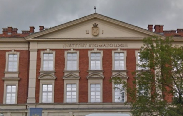 Uniwersytecka Klinika Stomatologii w Krakowie na cenzurowanym
