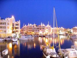 Implantologia: Chcesz się uczyć w Hiszpanii? Weź ze sobą pacjenta