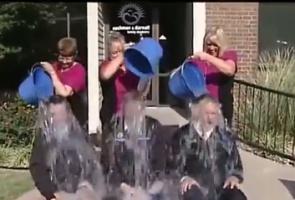 Dentyści w ogniu Ice Bucket Challenge