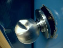 KaVo i W&H ostrzegają przed zakupem kradzionego sprzętu