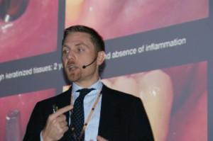 Nicola De Angelis: stabilność przyzębia kluczowa dla implantacji