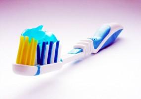 Pasty do zębów: standardowe vs organiczne