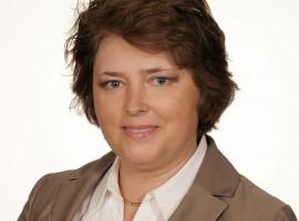 Dr hab. Katarzyna Grocholewicz: w implantologii wiedza z kursów może być jedynie uzupełnieniem specjalizacji