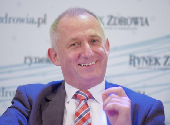 Sławomir Neumann: minister zdrowia nie planuje wprowadzenia zmian w organizacji stomatologii dzieci i młodzieży