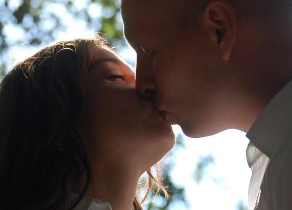 Dzisiaj dzień pocałunku (bez próchnicy)