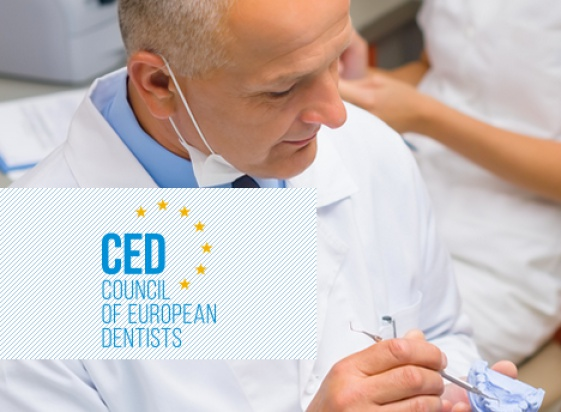 Wytyczne CED: dentysta musi być liderem