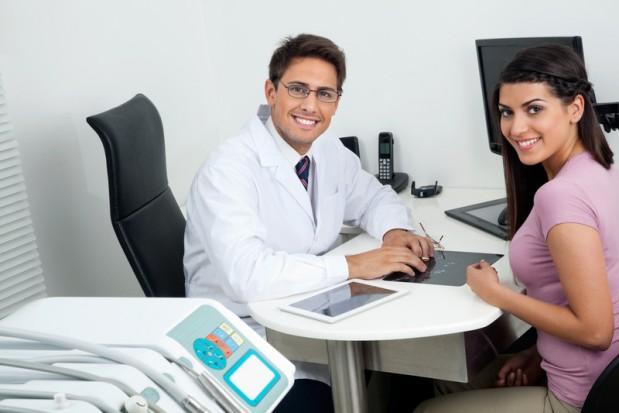 Cztery niezawodne sposoby, dzięki którym wywołasz u pacjentów silne, pozytywne wrażenie