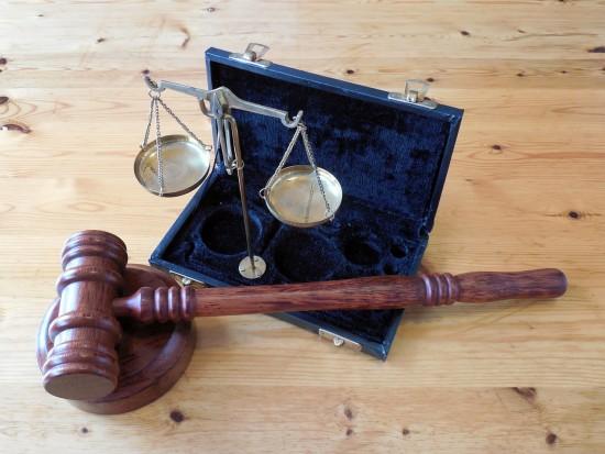 Poszkodowani prokuratorzy nie mogą oskarżać w sprawie usług stomatologicznych