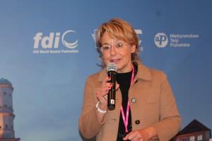 Ewa Mastalerz: CEDE 2015 to także nowe spojrzenie na problematykę codziennej praktyki lekarza dentysty