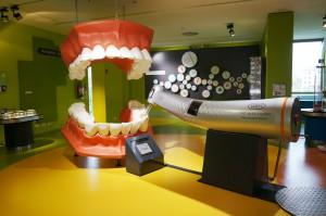 UM w Białymstoku: obniża limit na stomatologię o 1 pkt