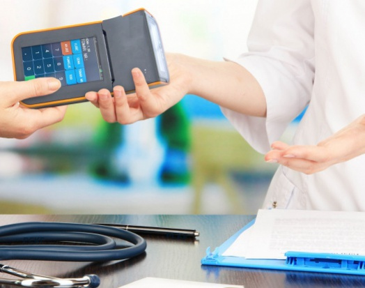 Komornicy bez kasy fiskalnej, a dlaczego medycy nie? Pyta Prezydium NRL