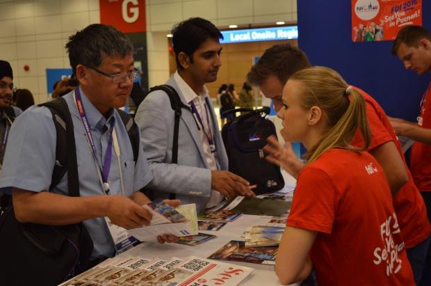 FDI 2015 Bangkok przekazuje energię FDI 2016 Poznań
