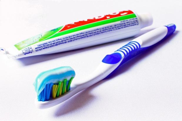 Arginina i węglan wapnia zmniejszają nadwrażliwość zębów